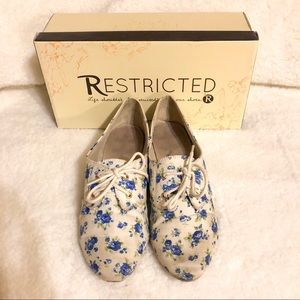 Restricted Liberty Blue Floral Lace Oxford Loafer